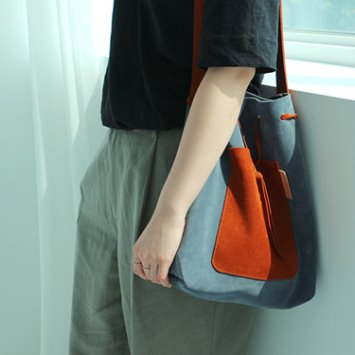 dano suede shoulder bag - blue